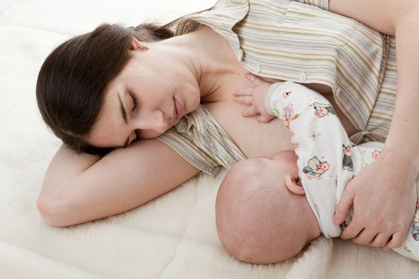 Sau khi sinh mổ nổi mề đay có nguy hiểm không ?