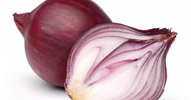 Hành tây đỏ là thành phần sản phẩm trị mụn Decumar