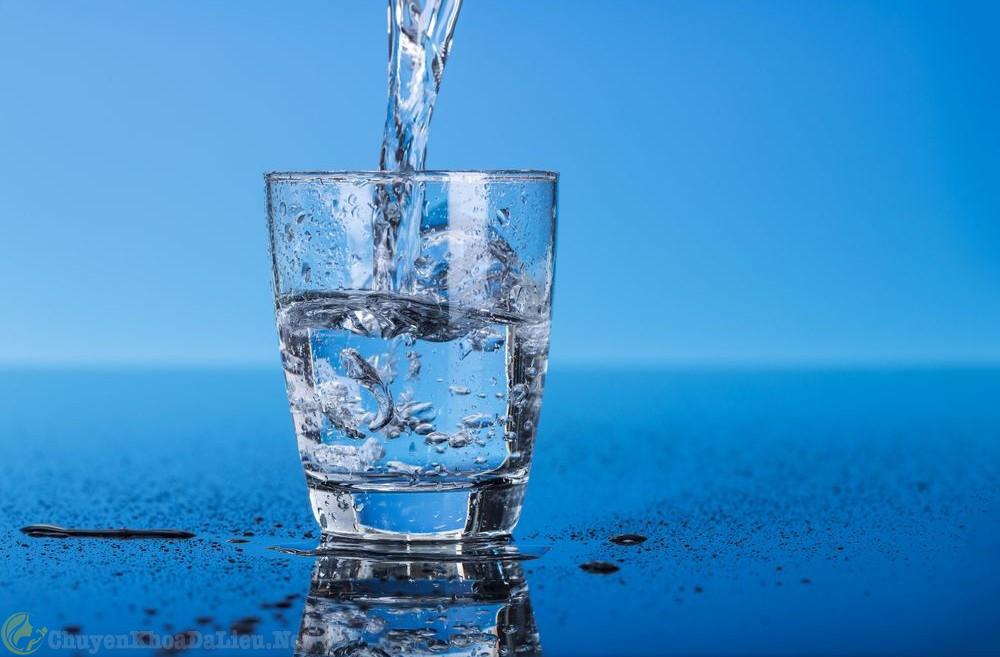 nước chống khô da tốt