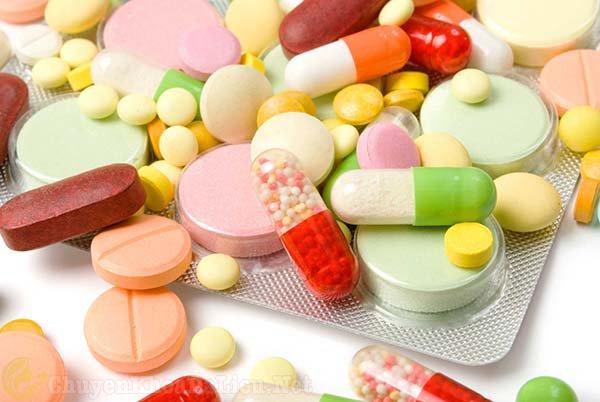 Sử dụng thuốc Tây điều trị phát ban đỏ