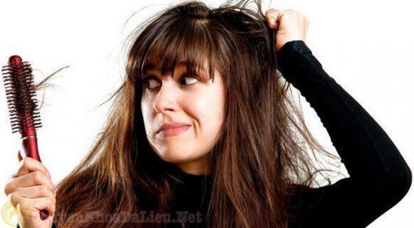 Nguyên nhân bị rụng tóc