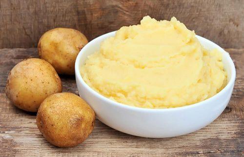 Chữa bệnh chàm khô đầu ngón tay bằng khoai tây