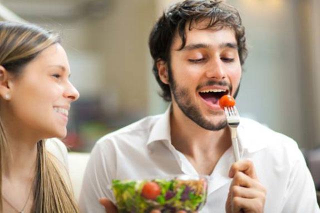 Chế độ ăn uống khi bị viêm da tiết bã