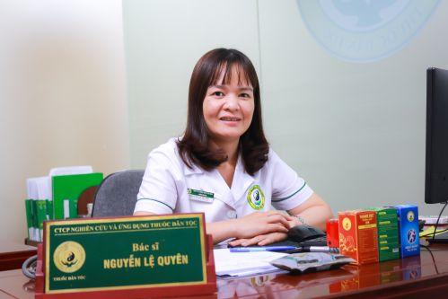 Bác sĩ Nguyễn Thị Lệ Quyên – Bác sĩ phụ trách chính điều trị bệnh da liễu tại Trung tâm Nghiên cứu và Ứng dụng thuốc dân tộc