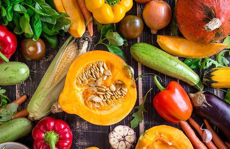 tăng cường ăn rau xanh khi bị tổ đỉa