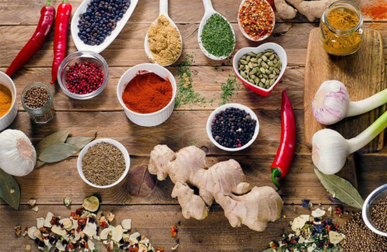 kiêng món ăn nhiều gia vị khi bị tổ đỉa