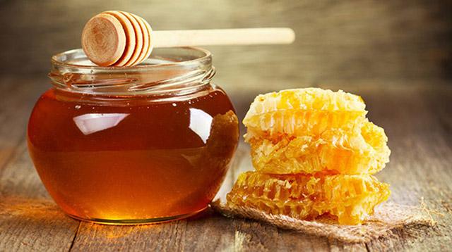 Dùng mật ong chữa bệnh viêm da tiết bã