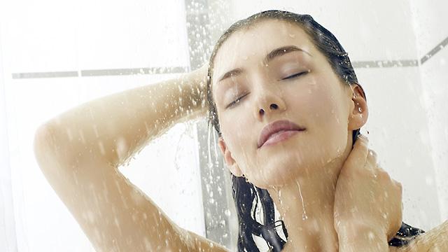 Tắm rửa thường xuyên có thể làm giảm các triệu chứng bệnh viêm da tiết bã