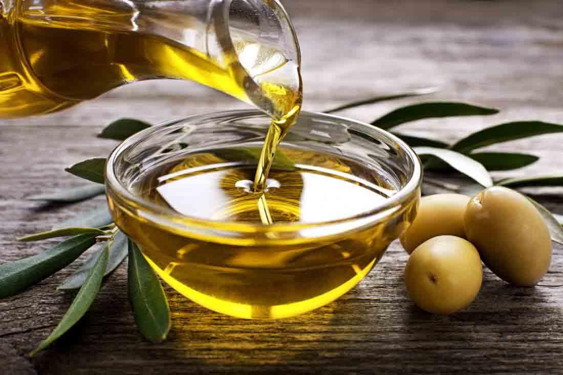 chữa viêm da tiết bã bằng dầu oliu