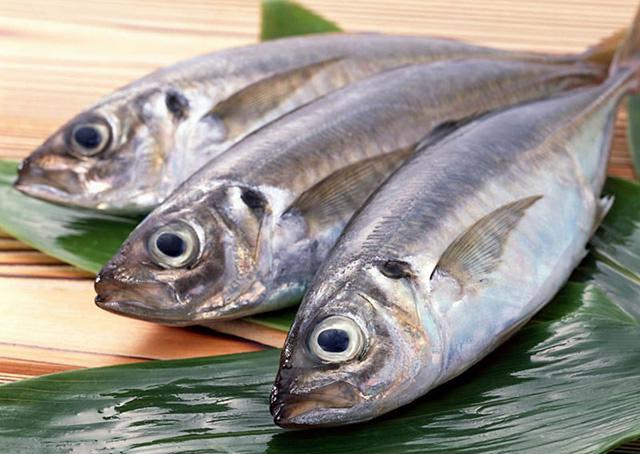 Nên bổ sung các thực phẩm giàu Omega - 3 cho cơ thể khi bị viêm da dầu