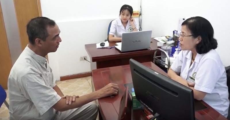 Bệnh nhân Chu Trần Nhã thăm khám tại Trung tâm (ảnh do bác sĩ cung cấp)